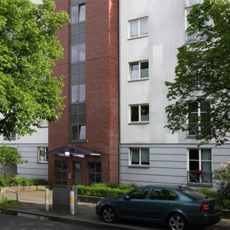 Solid and super well-kept Tegel apartments